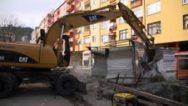 Rize'de Dere Üzerindeki Binalar Yıkılıyor.